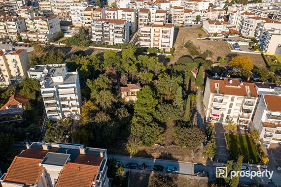 Thessaloniki, Kalamaria, Agios Ioannis, plot (with a house), 2156 sq.m.