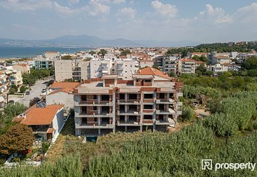 Block of flats Thermaikos 1400sq.m