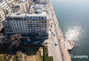Retail / Leisure Center of Thessaloniki 86.77sq.m