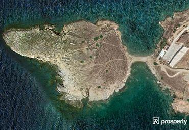 Syros, Poseidonia, Plot